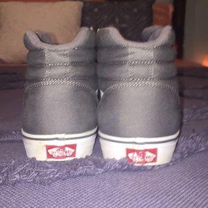 Vans Shoes - 💪🏽Men's dark gray vans 🌚
